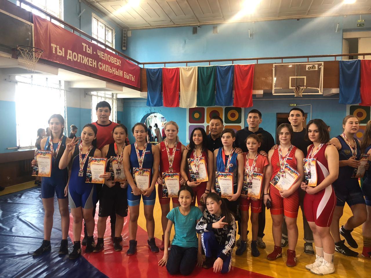 Из Владивостока с медалями.